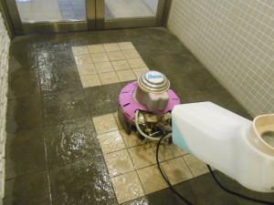 大阪 定期清掃 共有廊下 床清掃02