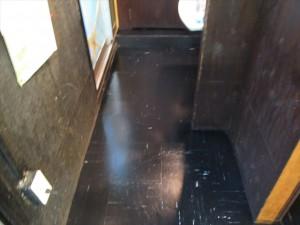 大阪 飲食店舗清掃 床清掃 焼き鳥屋清掃後01