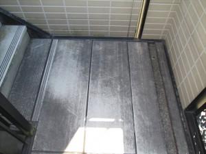 大阪 定期清掃 高圧洗浄 マンション階段踊り場01