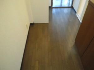 西ノ宮市 ハウスクリーニング フローリング清掃、ワックス掛け01