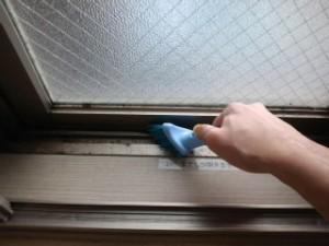 西宮 ハウスクリーニング 窓枠清掃02