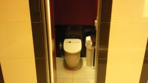 定期清掃 大阪府堺市 パチンコ店 トイレ清掃01