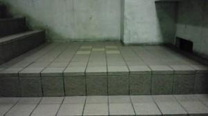 大阪市内 定期清掃 階段 床清掃03