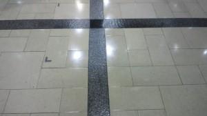 定期清掃大阪市内テナントビル 床清掃05