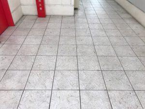 アミューズメント施設 床清掃