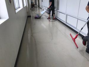 廊下清掃 ポリッシャー