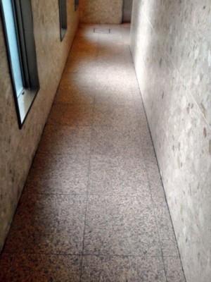 大阪市北区扇町 御影石の床清掃 定期清掃後